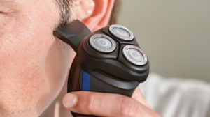 Philips Norelco Electric Shaver 2100, S1560/81 Review